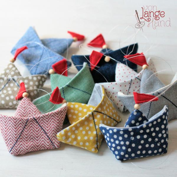 Origami-Schiffchen Mobile von Lange Hand