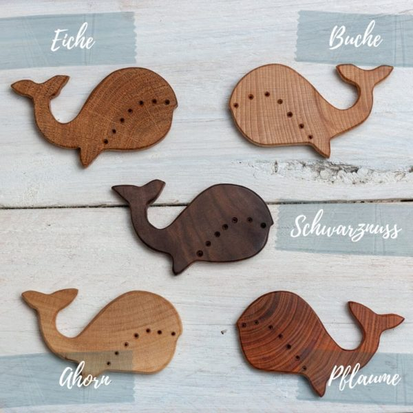 Holzknöpfe Wal aus verschiedenen Holzarten