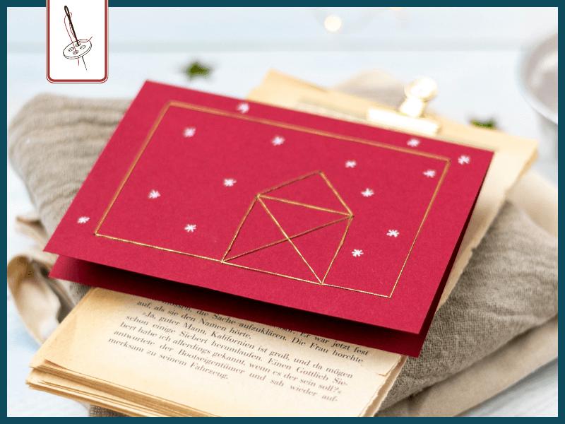 genähte Weihnachtskarte mit Haus vom Nikolaus in Gold